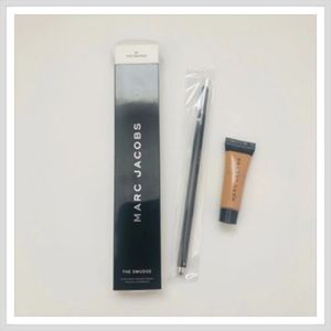 Marc Jacobs Smudge Brush